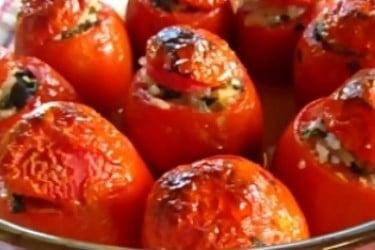 fırında etli domates dolması