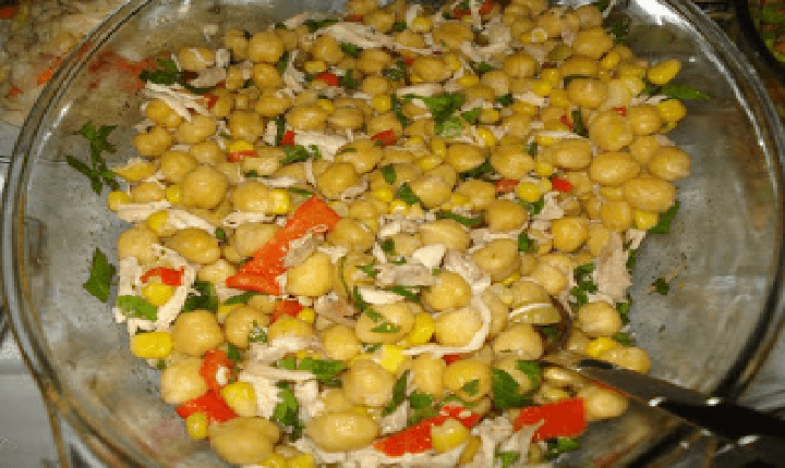 tavuklu-nohut-salatası1